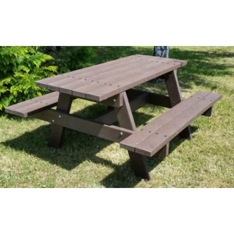 table de pique nique plastique recycl table de pique nique en plastique avec bancs. Black Bedroom Furniture Sets. Home Design Ideas