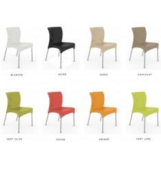 Lot de chaises intérieures ou extérieures pour restaurants