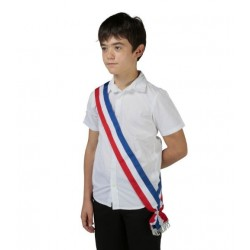 Écharpe bleu blanc rouge pour le jeune élu Conseil municipal des jeunes - Net Collectivités