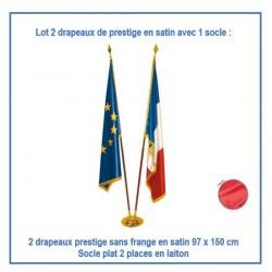 Lot de 2 drapeaux de prestige 97 x 150 cm sans frange + 1 socle laiton clasique