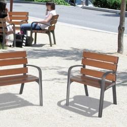 Fauteuil place publique en bois exotique et pieds en fonte 70 cm