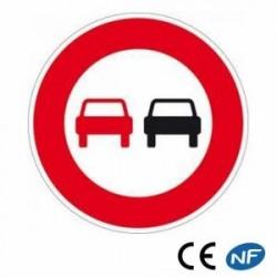 Panneau de signalisation signalant une interdiction de dépasser (B3)