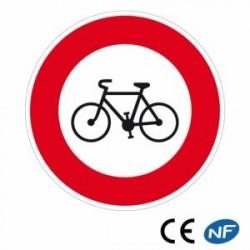 Panneau de police indiquant un passage interdit aux vélos