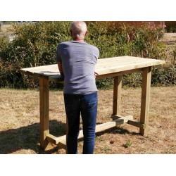 Table en bois mange-debout extérieure