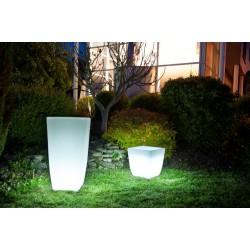 Jardinière lumineuse en polyéthylène